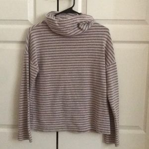 Striped turtleneck sweater!